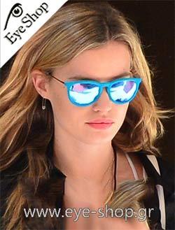 ΗGeorgia May Jagger με γυαλιά ηλίου Rayban Velvet #eyeshopgrcelebrities